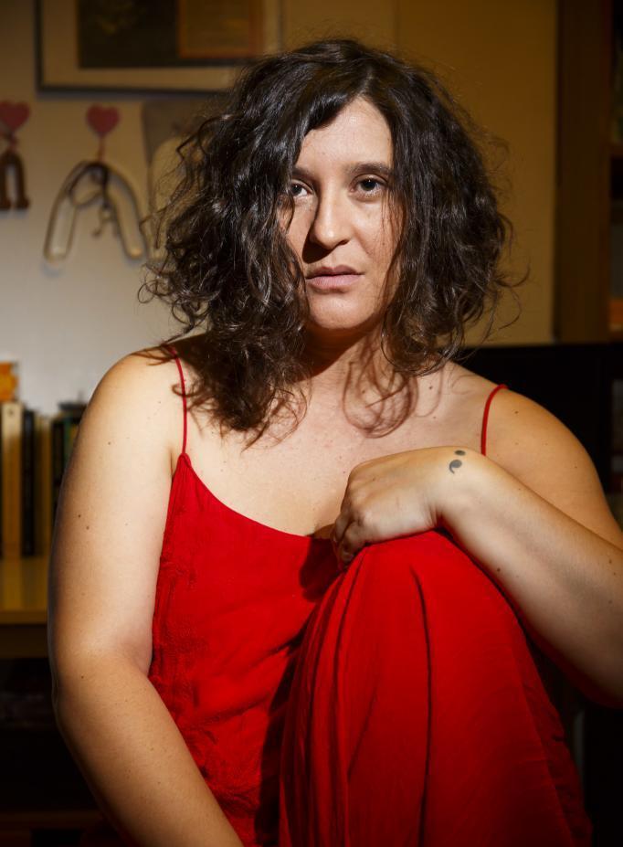 """Entrevista a María Castrejón: """"Cuando escribo soy libre y entonces sale todo 'lo que seesconde'"""""""